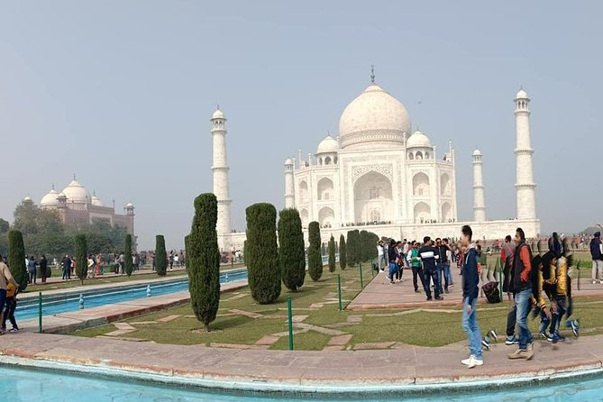 Token Money for booking tour, Nueva Delhi, Índia