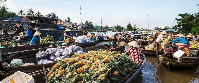 Se Puede Flotar En El Mercado 1 Dia, Ho Chi Minh, VIETNAM