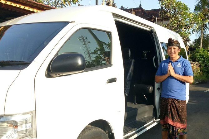 With this Private transfer services will give you less stress to arrange a transfer from one hotel to other hotel with different area in Bali. With our Ac private car and friendly informative driver will pick you up from your hotel lobby with the starting time that you have requested. Sit, relax and enjoy your trip with our team.<br><br>Highlight:<br><br>Less stress arranging a car for your transfer in Bali<br><br>Enjoy your trip in convenient way with experience and friendly driver.