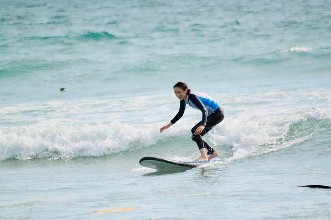 At intermediate surfing levelyou are basically an independent surfer able paddle and catch waves independently. Coming directly from Beginner level or if you are already intermediate -Join with a private surf instructorthe <br><br>3 or 5 hours surfing lessons for IntermediateSurfers.