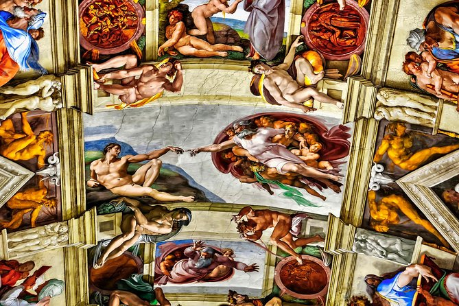 Experience the best of Rome in one short daytour from and to the cruise port at Civitavecchia. You will have the chance to visit the famous Vatican Museums, the Sistine chapel and St Peter's Basilica.