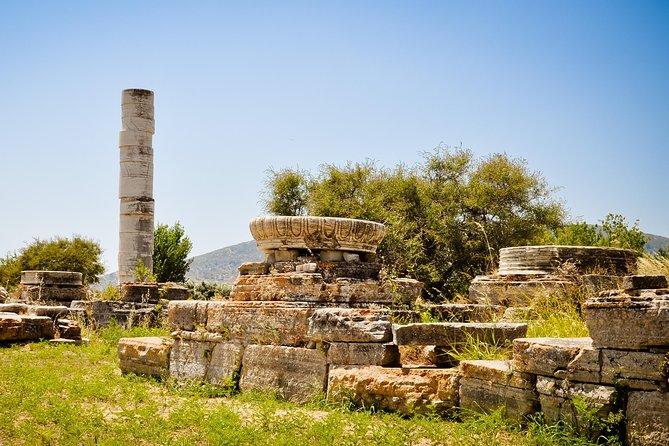 """In this tour we will head north to the marvelous monastery of Megali Panagia (15th cent.), – an example of """"Byzantine Greece""""– to take a guided tour. We will then make a stop to the truly traditional mountain village of Pyrgos (famous for its honey and ceramics) for a short walk. <br><br>After visiting Pyrgos, there is an optional stop in the area of Koutsi – an ideal place to take panoramic photos, before continuing to our visit at a traditional wine factory, where we will get the chance to taste some of the famous Samian wines. There is no better way to see the best there is to see in the island of Samos."""