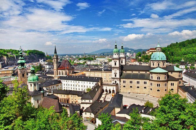 MÁS FOTOS, Scenic transfer from Salzburg to Prague with 4 hours stop in Hallstatt