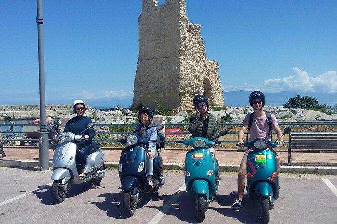 MÁS FOTOS, City tour in Vibo Valentia on a Vespa