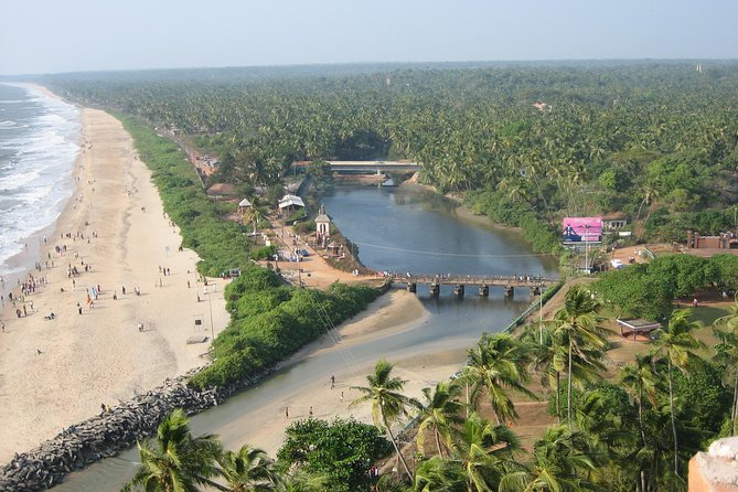 A full daytour of Kannur city by privateair-conditioned vehicle with an English speaking guide. Discover the hidden treasures of Kannur and find out why Kannur is popularly known as the city of Looms and Lores. Visit the 500+ year old St. Angelo's Fort, first built by the Portuguese. Stop by at the Arakkal Museum, dedicated to Arakkal family - the only Muslim royal family in Kerala. Visit the small yet well-maintained Lighthouse museum and climb up the Lighthouse for amazing views of the coastline.Drive around Mappila Bay where you will have opportunities to click some good pictures.Experience first-hand how the handloom weavers turn thread into world class fabric. Visit the Folklore museumwhich exhibits over 300 precious objects of folk art, including life-size replicas of various theyyamsand patayani,folk and tribal musical and percussion instruments, farm implements and weapons. Visit one of Kannur's best beaches.