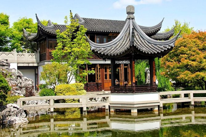 2-Day Amazing Shanghai and Suzhou Private Tour including Water Town, Shanghai, CHINA