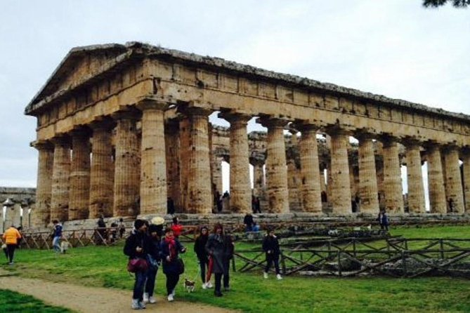 Paestum Greek Ruins, Napoles, ITALY