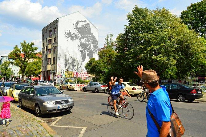 Excursão a pé privada e moderna por Berlim: uma nova capital alemã nova, diversificada, vibrante e empolgante, Berlim, Alemanha