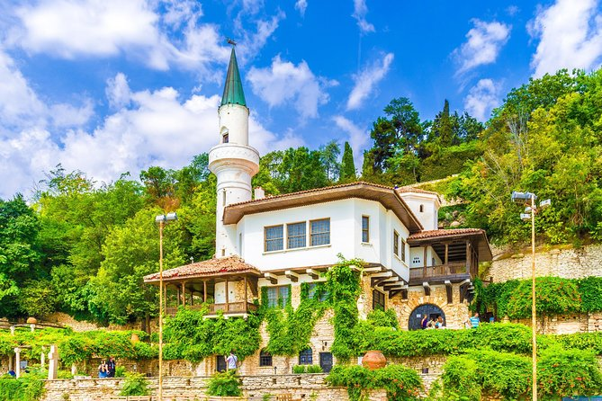 The tour is perfect for those who want to escape from the hectic city to let the mind and body rest around stunning nature views in the places founded thousands of years ago with still preserved serene charm. <br><br>Firstly, you will be taken to Balchik, a resort area, which perfectly blends rich historical heritage, beauty and tranquility. The main highlight, Queen Maria's Castle in Balchik is a place coming straight out of fairy-tale. <br><br>Next stop is at Constanta - a city by the Black Sea with a history going back to the 6th century B.C., nowadays, it is one of the main cultural and economic centers in Romania. Leaving Constanta behind, you will arrive in Tulcea - a city just next to the Danube Delta. <br><br>Danube Delta is home to a fascinating mix of cultures, people and wildlife.It is best explored by boat for the amazing opportunity to admire one of the largest bio-diversities in the world, during the boat trip you will also have a traditional fisherman lunch.