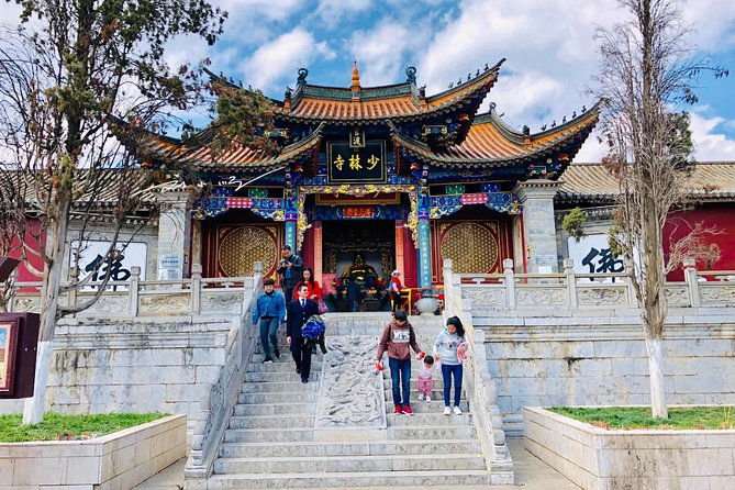 Private Transfer to Shaolin Temple or Dengfeng from Luoyang Train station, Luoyang, CHINA