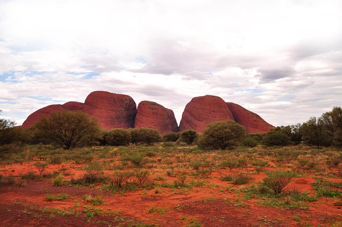 Ayers Rock Combo: Uluru Base and Sunset plus Uluru Sunrise and Kata Tjuta with an Optional BBQ Dinner or Kings Canyon Day Trip, Ayers Rock, AUSTRALIA