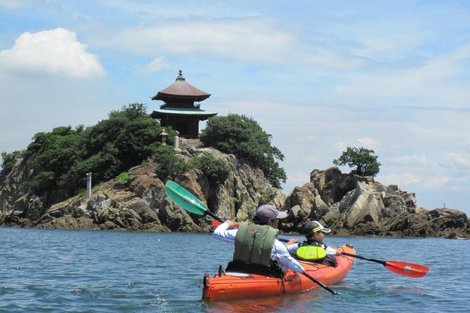 Sea Kayak tour in the stage of Ghibli and Hallywood movie.  <br><br>A unique sea kayak tour at the most beautiful spot in Japan, Tomonoura (half-day) <br><br>Let's enjoy Tomonoura by sea kayak, which is said to have the most beautiful landscape of Japan. This is also the town where the Ghibli movie 'Ponyo on the Cliff by the Sea' and the Hollywood movie 'Wolverine' were filmed.   From Tomonoura's port town scenery seen from the sea, Abuto Kannon (the Buddhist goddess of mercy) that seems to protrude from the sea, to desolate beaches to which you can only go with a sea kayak, it is the only tour where you can fully enjoy Tomonoura, the town where nature and history intertwine.