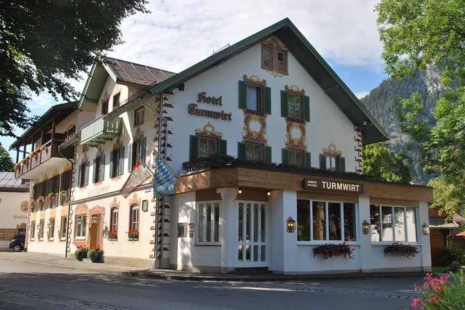 Enjoy two overnights at Hotel Turmwirt (3*Superior) in Oberammergau including buffet breakfast and a trip up to Laber mountain by cable car. The hotel is located in Oberammergau in Upper Bavaria in the beautiful region of Garmisch-Partenkirchen.