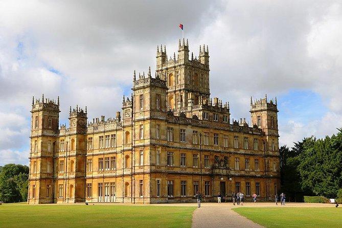 Transfer from Southampton to London via Highclere Castle and Downton Abbey, Southampton, ENGLAND