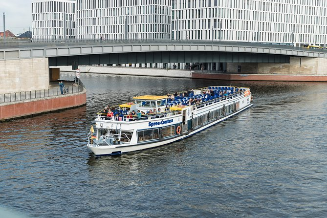 Red Sightseeing Berlin Hop-On Hop-Off Bus with Boat Option, Berlin, GERMANY