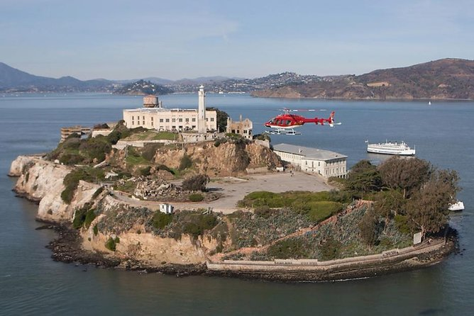 San Francisco Helicopter Tour and Sunset Dinner Cruise, San Francisco, CA, ESTADOS UNIDOS