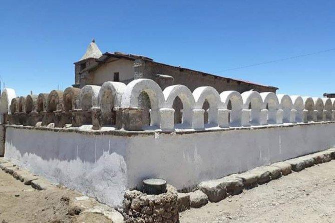 3 Days Tour Uyuni Salt Flats ending in San Pedro de Atacama Chile, Uyuni, BOLIVIA