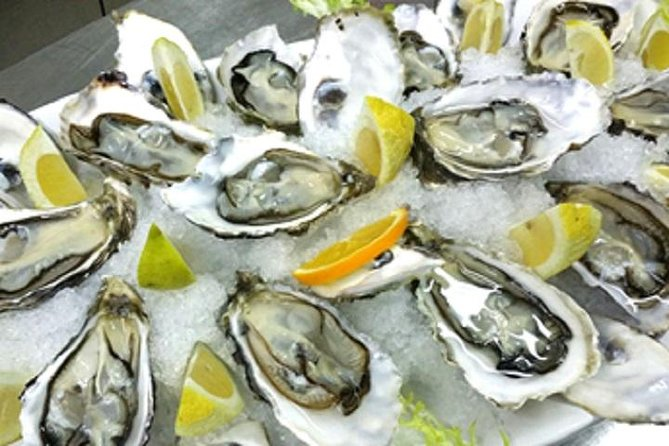 Join us on this boutique tour to enjoy Oysters - your way!<br><br>Sample fresh oysters & muscles straight from the crystal clear waters of Boka Bay straight to your plate; enjoy a glass of wine, beer or mineral water as you appreciate the fruit of the deep blue sea, the Adriatic<br><br>Visit 'The Best Seafood & Delicacies' store in the bay and find that perfect gift for a loved one or just purchase locally produced cheese, prosciutto & wine to enjoy later during your holiday <br>