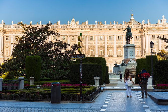 Early Entrance Royal Palace Full-Day Madrid Tour with Prado Museum and Tapas, Madrid, Spain
