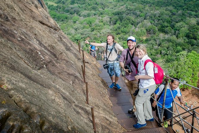 All-Inclusive Sigiriya Rock Fortress and Dambulla Cave Temples Private Day Trip, Kandy, SRI LANKA