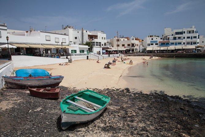 Fuerteventura Dunes and Corralejo from Lanzarote, Arrecife, ESPAÑA