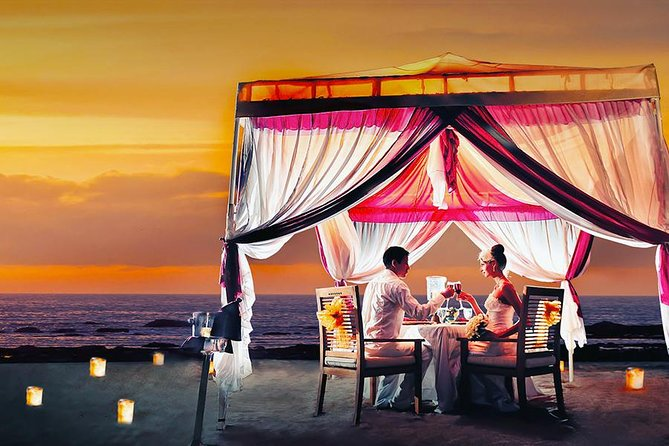 Having a romantic dinner in the sacred Island of Gods is a perfect dream for most couples around the world. However, some vegans are worried sometimes in having a culinary outside there. Ma Joly Restaurant could be your ideal restaurant for having a Vegetarian Romantic Dinner under the well-decorated tent on the seashore. Enjoy the private moment with your lover while marveling the outstanding Balinese sunset. The friendly staff will serve you from the amuse, starter, soup, sorbet, main course, to the dessert. You will love at the first-taste whether to Duo of Tortellini, or Beans and Vegetables Fricassee. Why should you miss this golden ticket for having a memorable dinner with your lover?