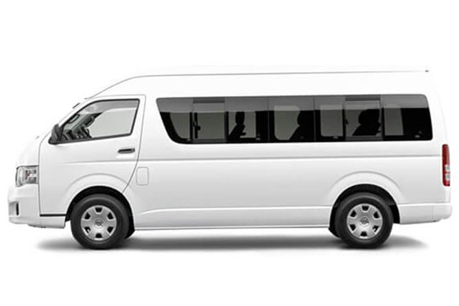 Enjoy the private shuttle service for your airport transfer at Tullamarine Airport or from Tullamarine Airport.<br><br>Provide the private shuttle service to or from Tullamarine Airportto Melbourne City and its inner surrounding suburbs servicing hotels, private accommodation and businesses. <br><br>Traveler dropoff or pickup is offered Melbourne CBD - North Melbourne - West Melbourne - South Melbourne - East Melbourne - Footscray - Flemington - Carlton - Southbank - Docklands - South Yarra - Richmond - Collingwood - Fitzroy<br>