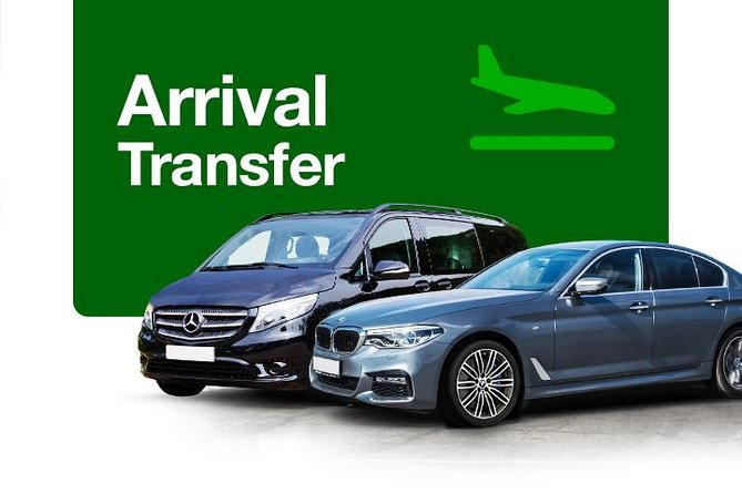 Private Arrival Transfer from Toronto Pearson Airport to Toronto City, Toronto, CANADA