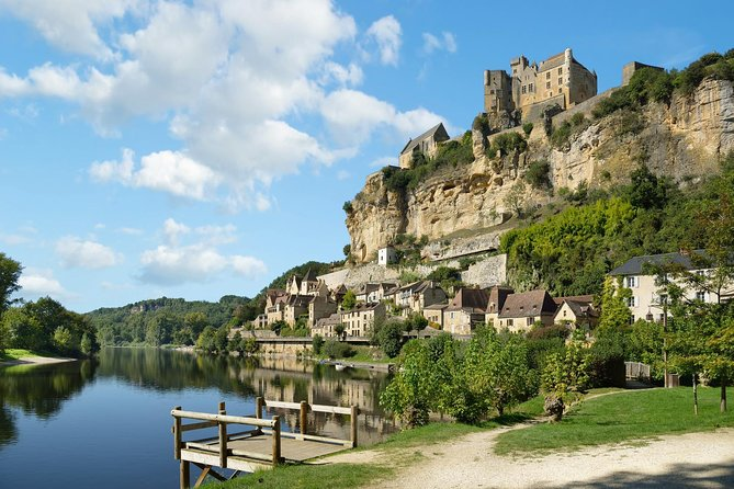 Half day Tour of The Villages of the Dordogne, Bergerac, França