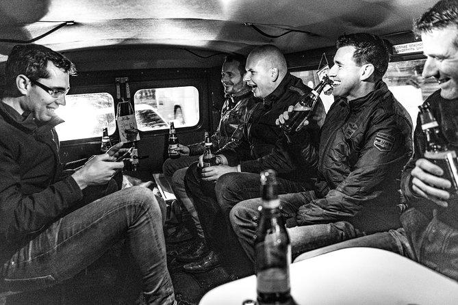 Moscú por la noche, a bordo de un monovolumen de la Unión Soviética, Moscu, RUSIA
