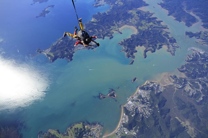 Ever wanted to see The Bay of Islands from 12,000 ft, take this amazing opportunity to come and skydive at 12,000 ft, with 40 seconds of freefall! The Bay of Islands has 144 islands that simply must be experienced from altitude, not to mention on fantastic days you can see right up to Cape Reinga.Be the envy of family and friends and have the ultimate rush, the dedicated team of tandem instructors will be with you every step of the way.