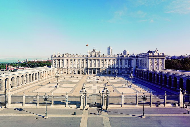 Madrid City Sightseeing and Skip the Line Royal Palace Guided Tour, Madrid, ESPAÑA