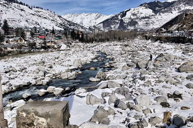 Duration: 2 NIGHT 3 DAY <br><br>Location: Manali, Kullu, <br><br>Total Persons: 2 pax <br><br>Start Point: Delhi / Chandigarh , End Point: Delhi. / Chandigarh<br><br>Accomodation: 3 star hotel <br><br>Transportation: by Personal Alto/Dezire <br><br>Above Package is including:<br><br>» For Car Rental: Inclusive of all taxes (Toll Taxes, Road Taxes etc), (No Hidden Charges).<br><br>» Hotel stay for Manali: Inclusive of all taxes, Room on Rent Only Basis along with breakfast and Dinnerfor all members (MAP Plan).<br><br>Package is excluding:<br><br>» Any shopping etc, all expenses of personal nature.<br><br>» Any entry fees (if taken at various visiting places like Museum, etc).<br><br>» Any meals which are not included in an above-mentioned package.