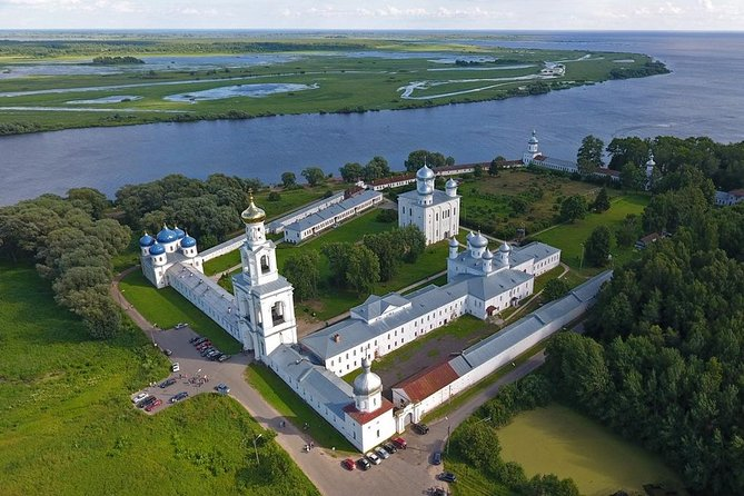 """During this tour yu will be taken to the suburbs of Veliky Novgorod - to the Yuriev Monastery and an open-air museum """"Vitoslavlitsi"""".<br><br>Yuriev Monastery is situated on the bank of Volkhov river, near Ilmen Lake and is the oldest men active monastery in Russia (it was founded in 1030 by Jaroslav the Wise). In an open-air museum of wooden architecture """"Vitoslavlitsi"""" you can see the oldest wooden buildings of XVI - XIX centuries.<br><br>• Guaranteed skip-the-line entrance"""