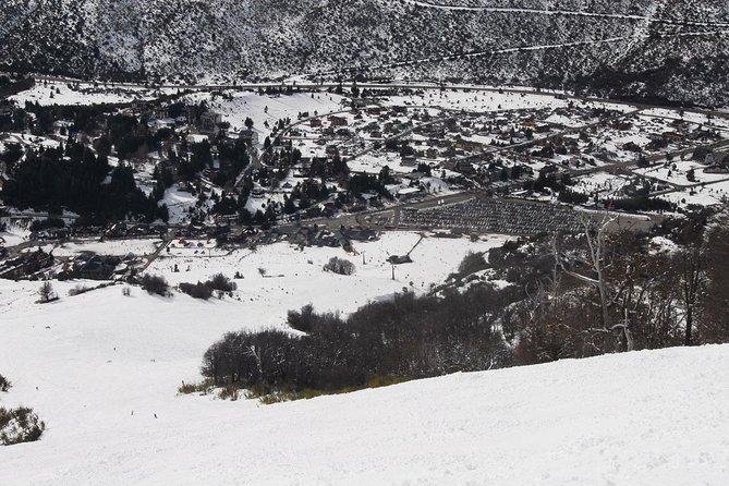 Traslado compartido de ida y vuelta: de los hoteles de Bariloche al complejo turístico de esquí Cerro Catedral, Bariloche, ARGENTINA
