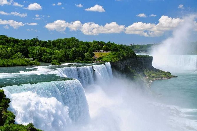 Niagara Falls and Niagara-on-the-Lake Day Tour from Toronto, Toronto, CANADA