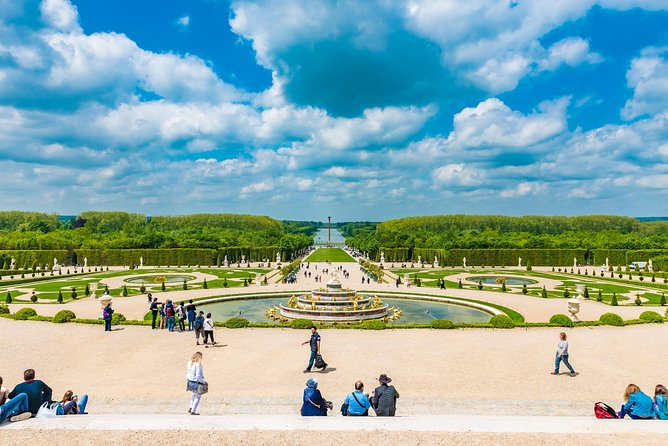 Day Trip to Versailles Palace with Audio Guided Visit, Paris, França