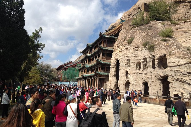 One Day Private Tour to Hanging Temple and Yungang Grottoes from Taiyuan, Taiyuan, CHINA