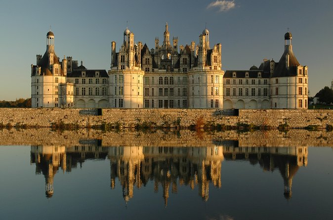 Loire Valley Castles Small Group Day Trip from Paris by Minivan, Paris, FRANCE