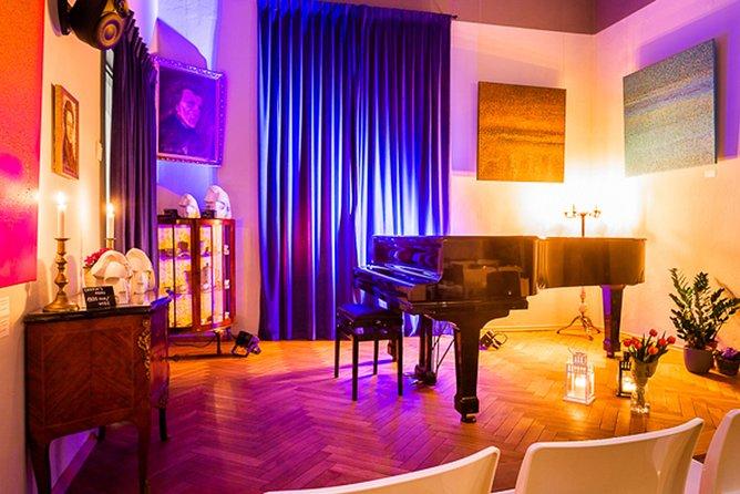 Un concierto de Chopin en el casco antiguo, en un edificio histórico, Varsovia, POLONIA