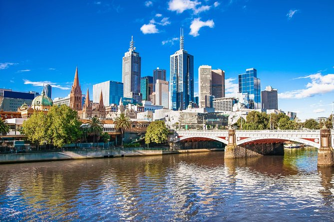 Melbourne City Card gives Free Admission to Unlimited Attractions in and around Melbourne, Special Savings(Discounts) on Premium Activities & Adventure Sports, Exclusive deals at Restaurants & Bars and much more! This includes Free travel on the Hop-on Hop-off bus for 72 hours, Eureka Skydeck, Melbourne Star, Melbourne Cricket Ground Tour, Melbourne River Cruise...and the list goes on!(refer to the inclusions list) The all-you-need card is easy and simple to use through the mobile app! Simply buy the card and save up to $500 while visiting Melbourne! Valid for 12 months after the date of purchase.