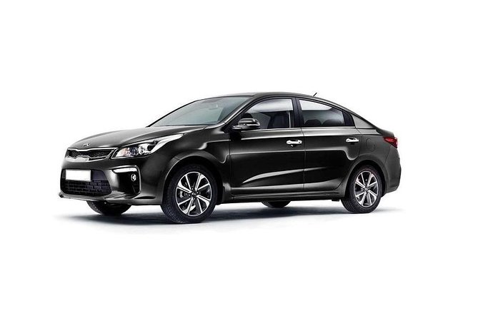Private transfer from Minsk to Minsk International airport with standart class sedan for 1-3 passengers.