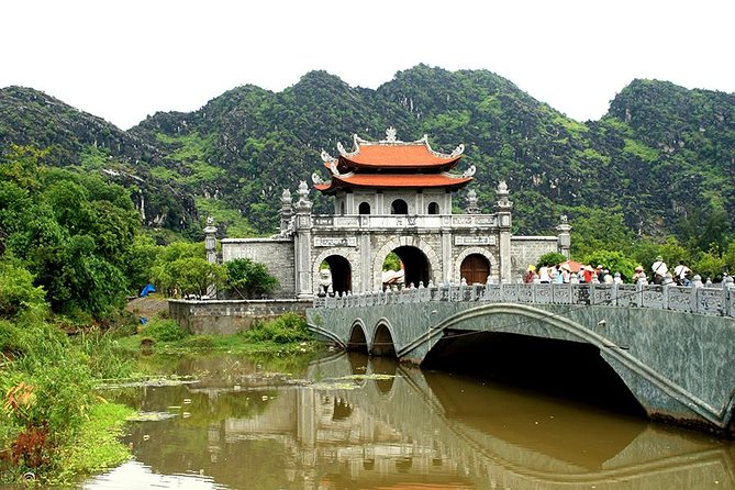 Hoa Lu Tam Coc full day tour from Hanoi, Hanoi, Vietnam