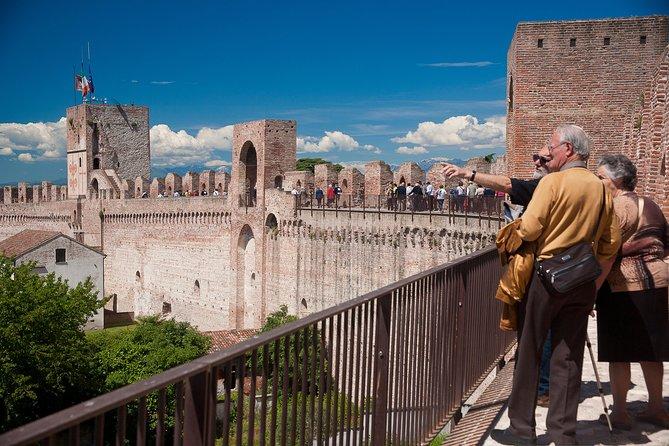 Entrada a las murallas de la Cittadella, Vicenza, ITALIA