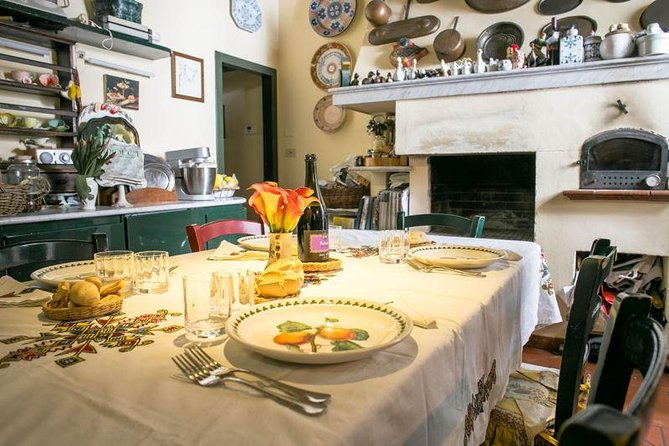 Private market tour, lunch or dinner and cooking demo in Alberobello, Alberobello y Locorotondo, ITALIA