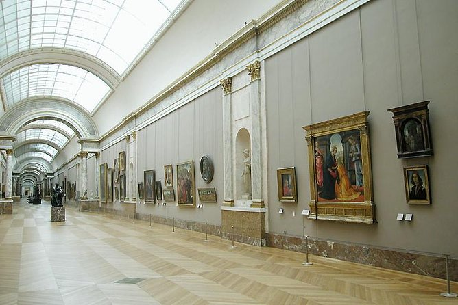 Louvre Museum Must-See Skip the Line Access Guided Tour, Paris, FRANCE