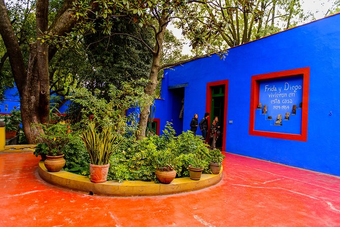 Coyoacan Frida Kahlo's house and Xochimilco all day tour, Ciudad de Mexico, Mexico