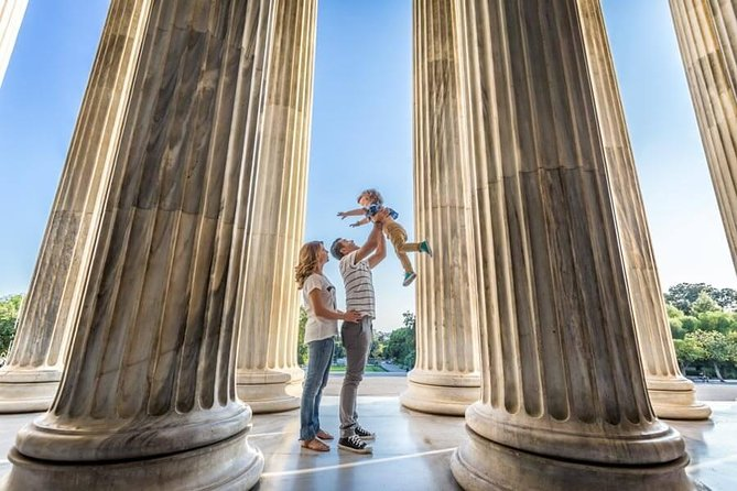 Private Photo Session with a Local Photographer in Corinth, Corinto, Greece