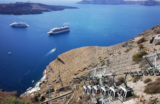 Santorini Cable Car Admission Ticket (One Way), Santorini, Grécia