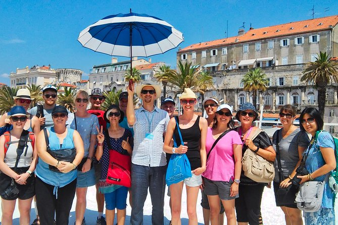 Take a walk through Split's 1,700 years of history, accompanied by a local guide who will bring the past to life. Among the sights on this 90min tour are Diocletian's Palace, the Cathedral of Saint Domnius, Riva Harbour, and the Golden Gate.<br><br>Look for the blue umbrella!